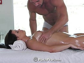 PornPros - Lovely Gracie Dai gets a rub down massage with side of dick